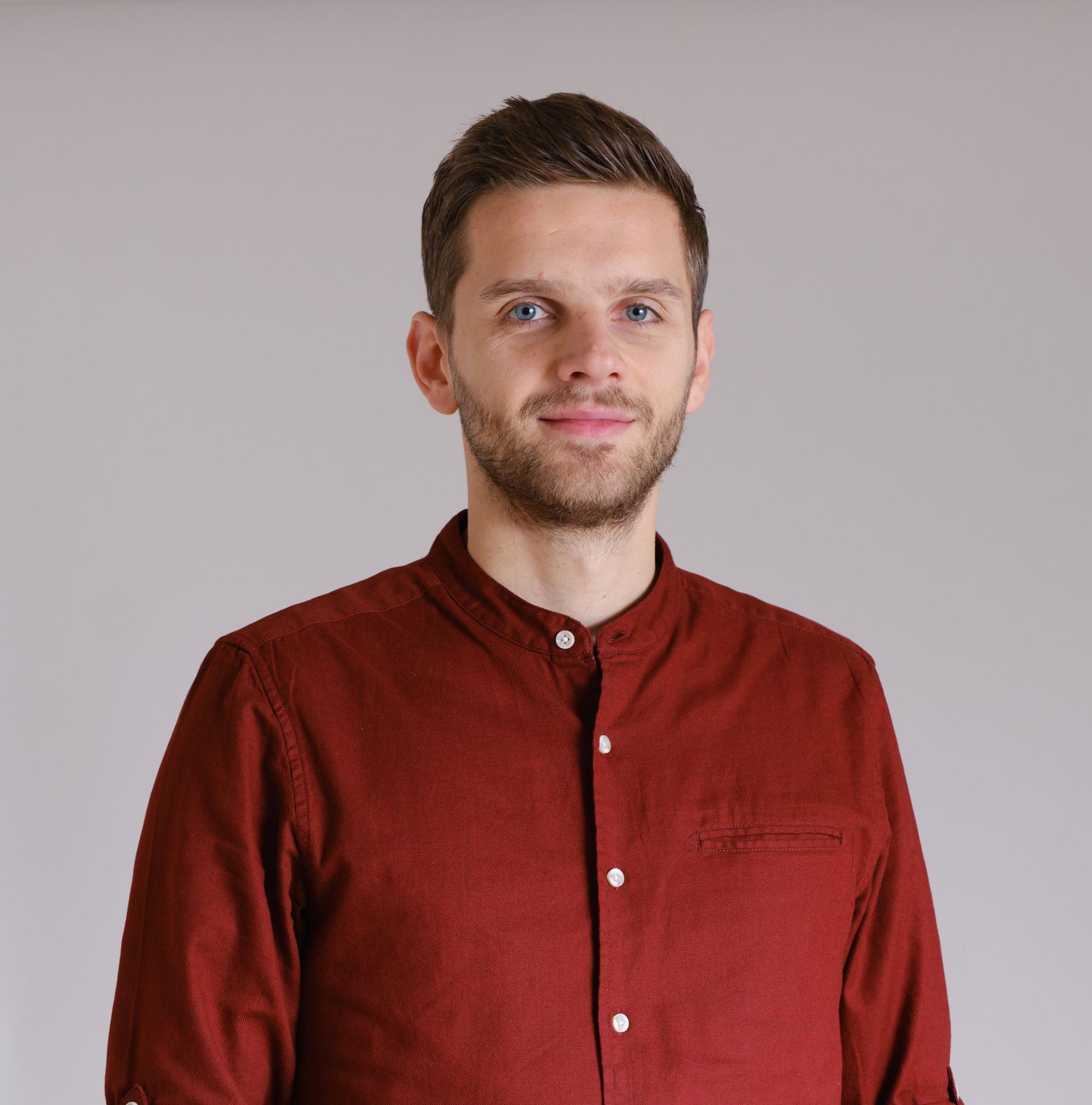 Kasper-Headshot-website
